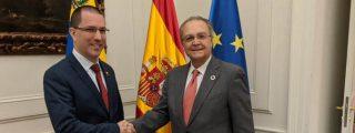 Pedro Sánchez paga el 'peaje' de su acuerdo con Podemos: España vuelve a reconocer al régimen de Nicolás Maduro
