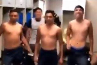 Suspenden un partido de fútbol y multan a los jugadores por burlarse de tema feminista: 'Un violador en tu camino'