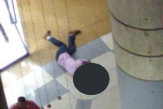 Vídeo: Un funcionario de la Fiscalía chavista arroja a su hija desde la cuarta planta de un centro comercial (y luego se lanza él)