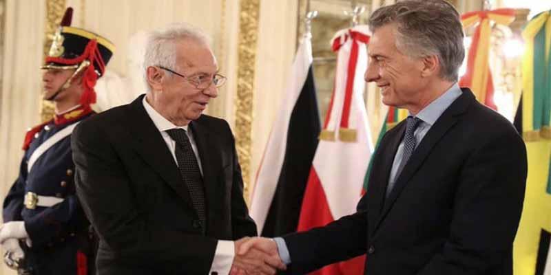 """Vuelven a pillar al embajador de México robando en Argentina y el hombre renuncia por """"motivos de salud"""""""