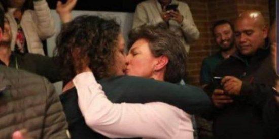 La alcaldesa de Bogotá vive más del 'salseo' que de la política: Claudia López anuncia que se casará con una senadora colombiana