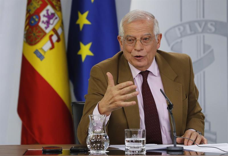"""¿La reencarnación de Zapatero?: El """"realismo"""" de Borrell en el 'caso Venezuela' pasa por el diálogo estéril y la parálisis de las sanciones"""