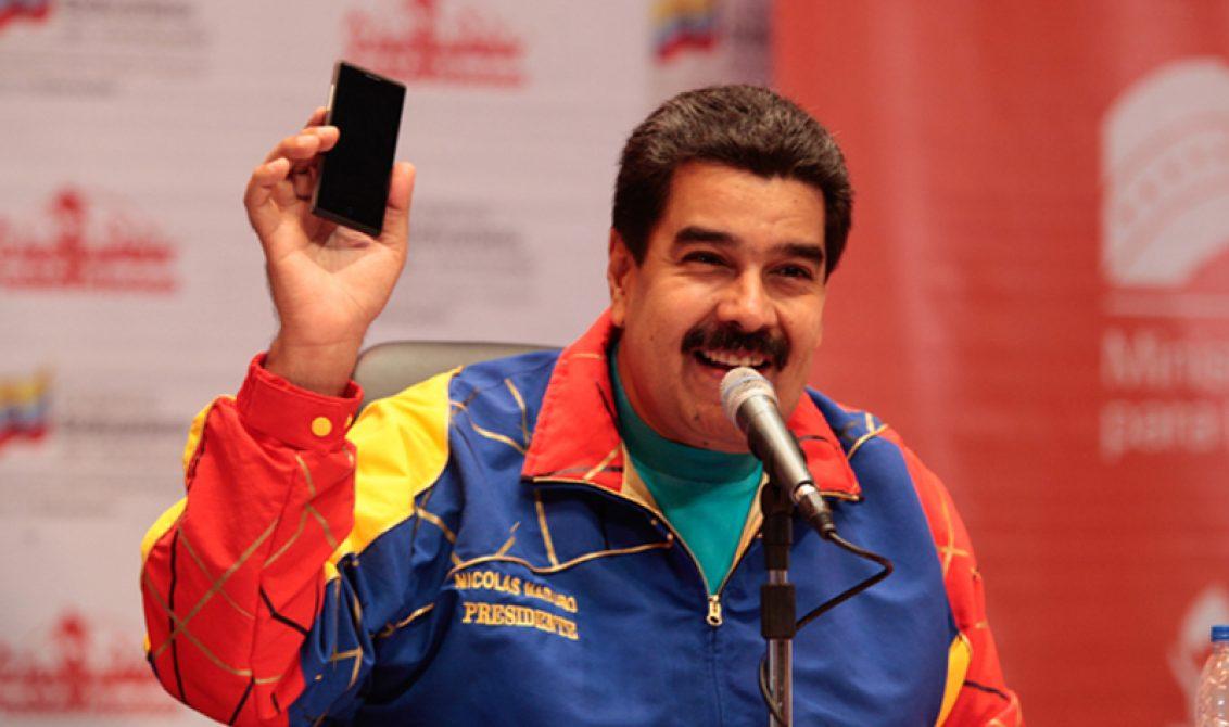 Twitter da un 'golpe de Estado' a Nicolás Maduro en las redes sociales