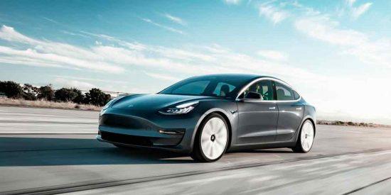 ¿Sabías que un coche eléctrico contamina más que uno convencional?